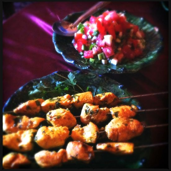 Chicken brochette dan Moroccan salad