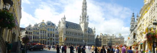 Grand Place - Alun-alun kota Brussels