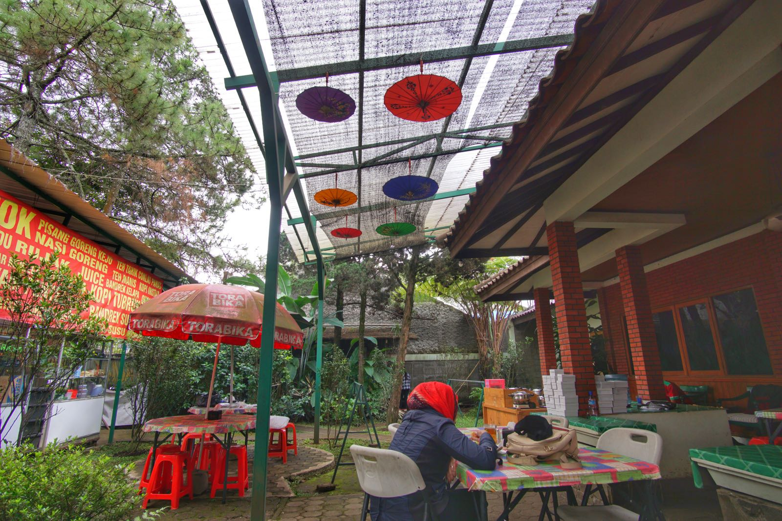 Warung Ning Nong Outdoor Area