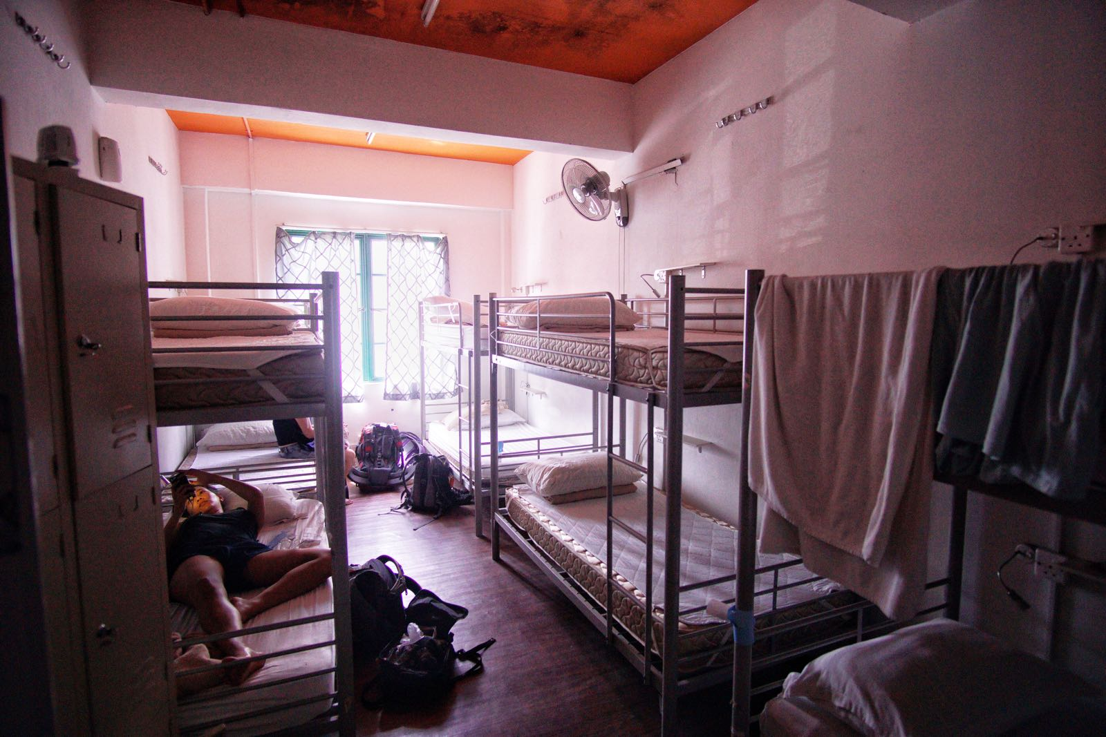 Footprints Hostel Little India Singapore Dorm