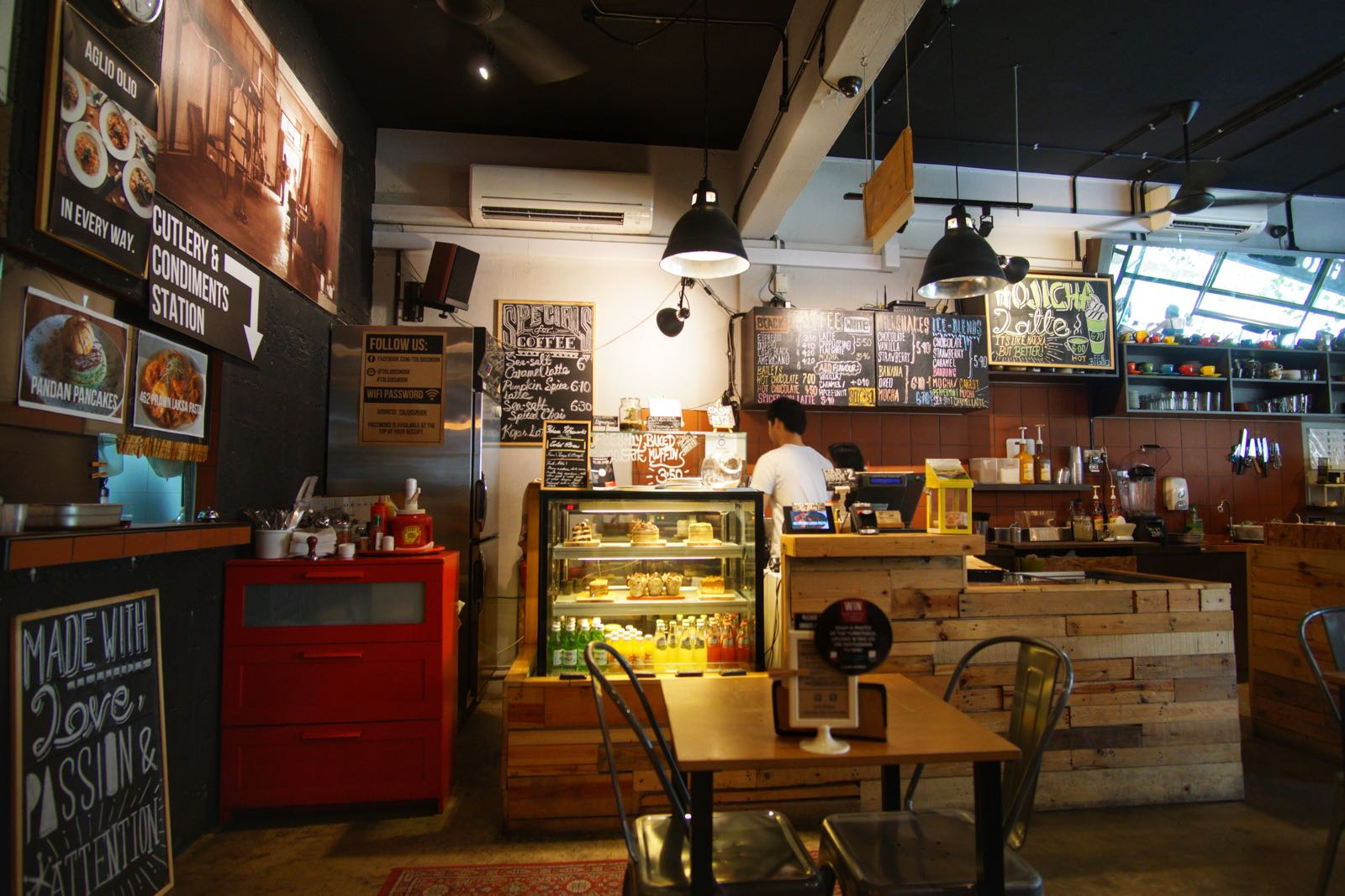 Tolido's Espresso Nook Bugis Singapore Counter