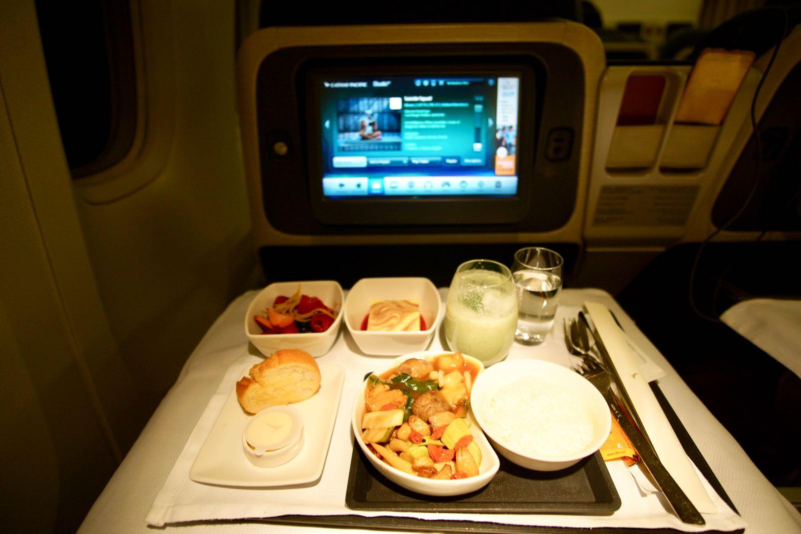 Makanan Di Business Class Cathay Pacific