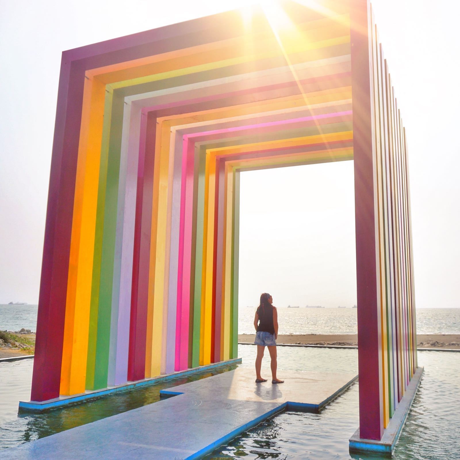 Art Installation Di Cijin Beach