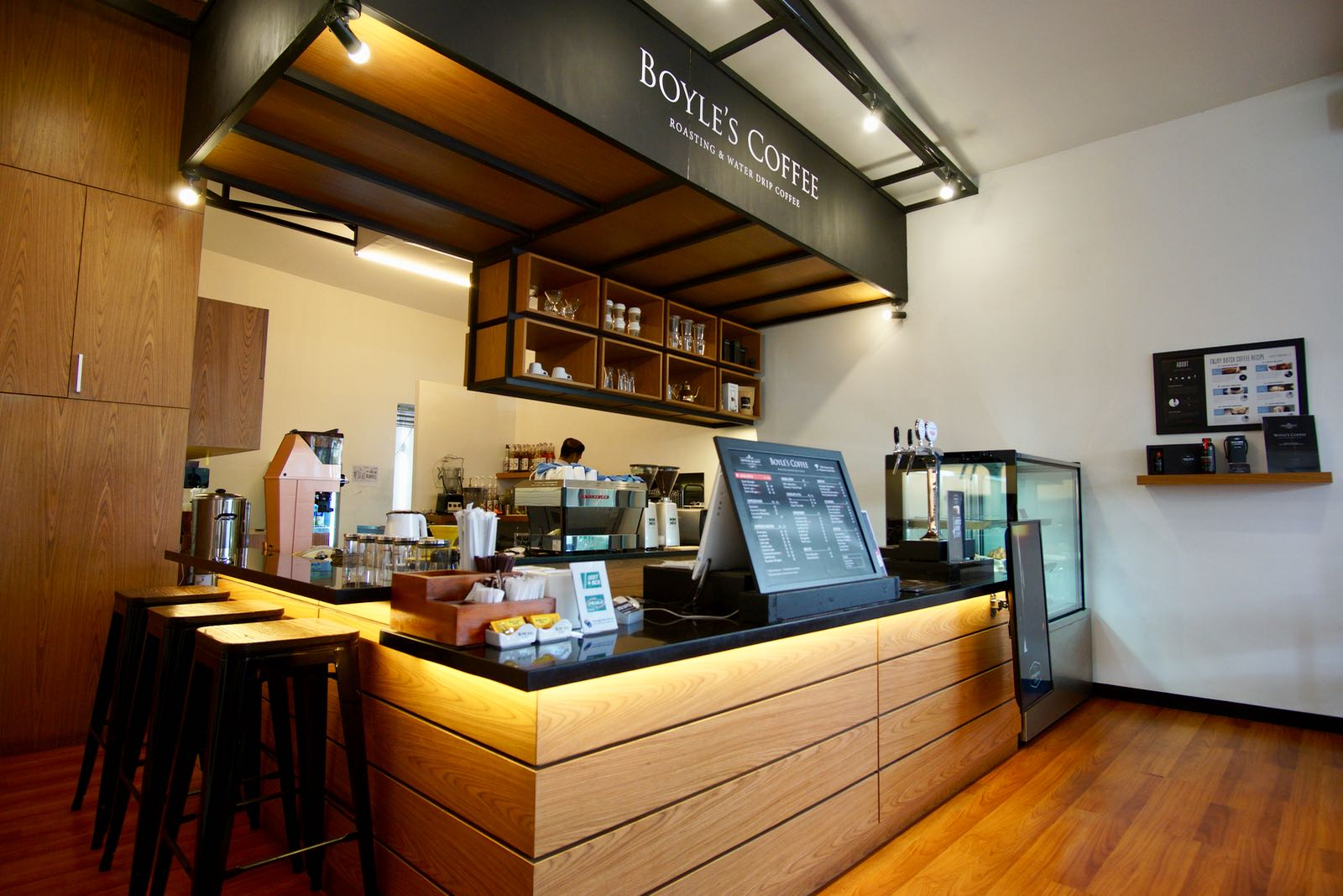 Konter Utama Boyle's Coffee